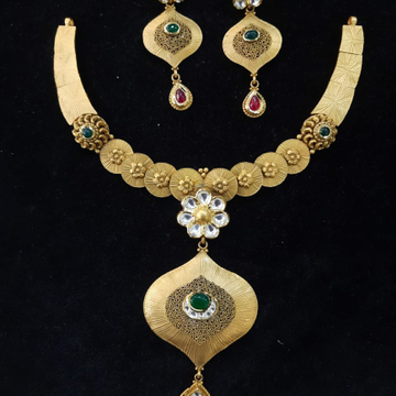 Antique necklace by Aaj Gold Palace